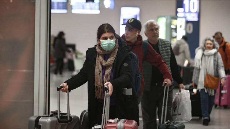 Κορωνοϊός: Η Ελλάδα αναστέλλει όλες τις πτήσεις από και προς τη Bόρεια Ιταλία