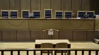Κορωνοϊός: Αναστολή της λειτουργίας των δικαστηρίων ζητούν μέλη της ΕΝΔΕ