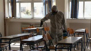 Κορωνοϊός: Γιατί αποφασίστηκε το κλείσιμο όλων των σχολείων