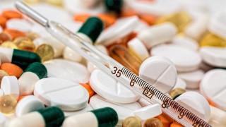 Κορωνοϊός: Με ηλεκτρονική συνταγή θα χορηγούνται τα αντιβιοτικά