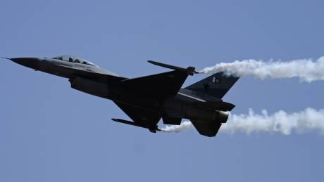Πακιστανικό F-16 συνετρίβη στο Ισλαμαμπάντ