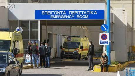 Κορωνοϊός: Δύο ασθενείς σε ΜΕΘ - Πρώτο εξιτήριο για το πρώτο κρούσμα