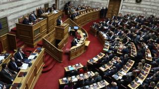 Κορωνοϊός στην Ελλάδα: Μέτρα και στη Βουλή - Πώς θα λειτουργεί