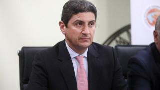 Κορωνοϊός: Αποφυγή χώρων συνωστισμού και μεγάλης συνάθροισης ζητά ο Αυγενάκης