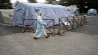 Κορωνοϊός – ΗΠΑ: Προειδοποιήσεις από κορυφαίο λοιμωξιολόγο και απαγορεύσεις συναθροίσεων