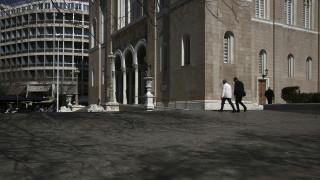 Ρεπορτάζ CNN Greece - «Ψυχραιμία και προσοχή»: Τι λένε Αθηναίοι και τουρίστες για τον κορωνοϊό