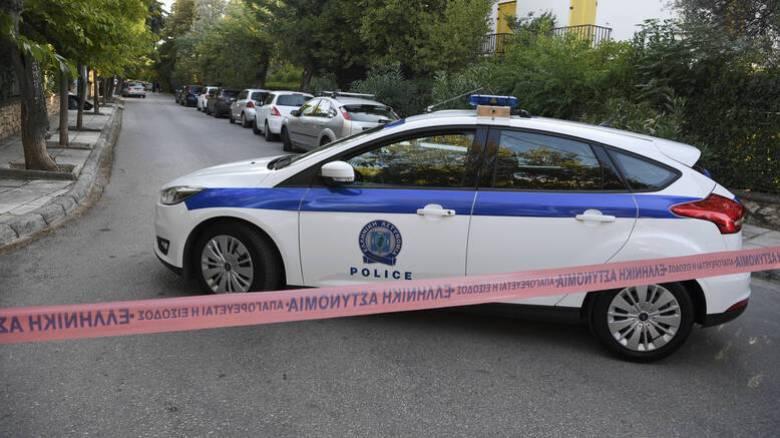 Κάντζα: Απείλησαν ζευγάρι με μαχαίρι και τους έδεσαν μέσα στο διαμέρισμά τους