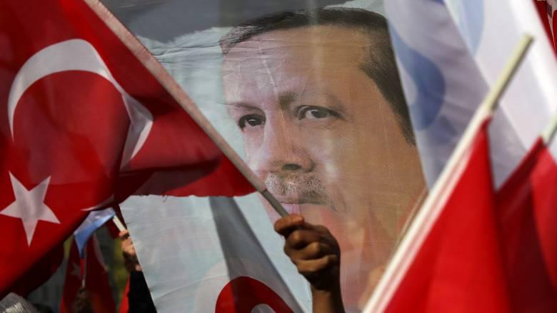 Ο Ερντογάν επιδιώκει κλιμάκωση στον Έβρο, εκτιμά πρώην ναυτικός ακόλουθος της Τουρκίας