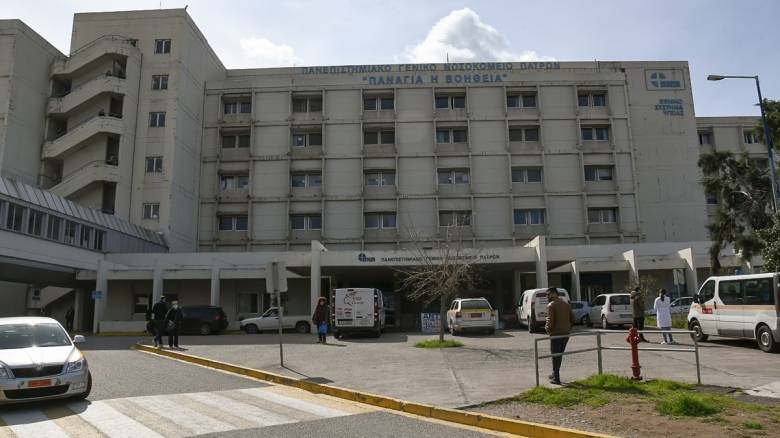 Κορωνοϊός: Γιατροί και νοσηλευτές από την Πάτρα μιλούν για τη «μάχη» κατά του ιού