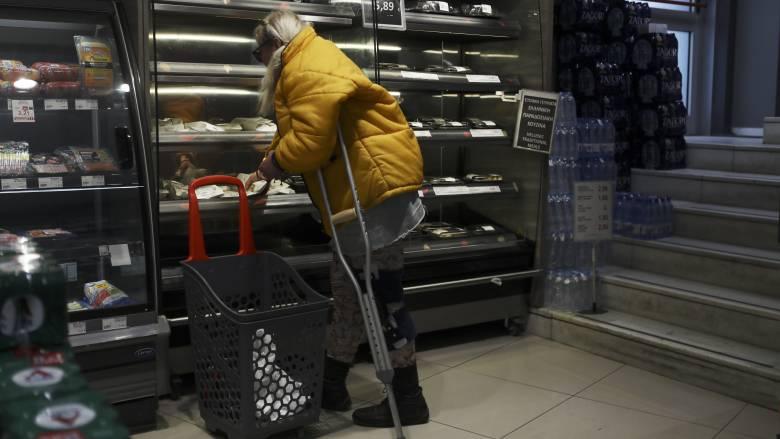 Κορωνοϊός: Τα μέτρα για σούπερ μάρκετ και φαρμακεία που ζητά ο Ιατρικός Σύλλογος Αθήνας