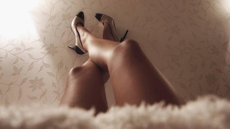 Ο κορωνοϊός «ξεσκεπάζει» την έλλειψη νομικού πλαισίου για την εργασία στο σεξ