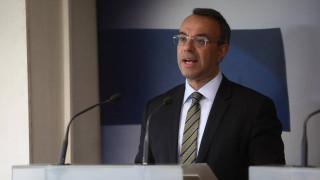 Σταϊκούρας: Μεγαλύτερες των αρχικών εκτιμήσεων οι οικονομικές επιπτώσεις του κορωνοϊού