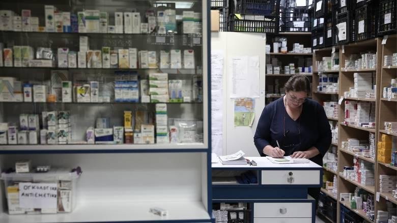 Νέα μέτρα για τον κορωνοϊό: Επίταξη υγειονομικού υλικού, μέτρα στα σούπερ μάρκετ και πρόστιμα