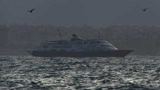 Κόνσολας: Απαγορεύτηκε η προσέγγιση κρουαζιερόπλοιων και ημερόπλοιων σε όλα τα λιμάνια