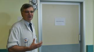 Τσιόδρας: Ασφαλέστερη η χρήση παρακεταμόλης