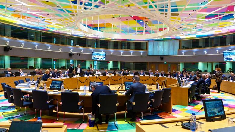 Eurogroup: Χαμηλότερα πρωτογενή πλεονάσματα θα διεκδικήσει η κυβέρνηση λόγω κορωνοϊού