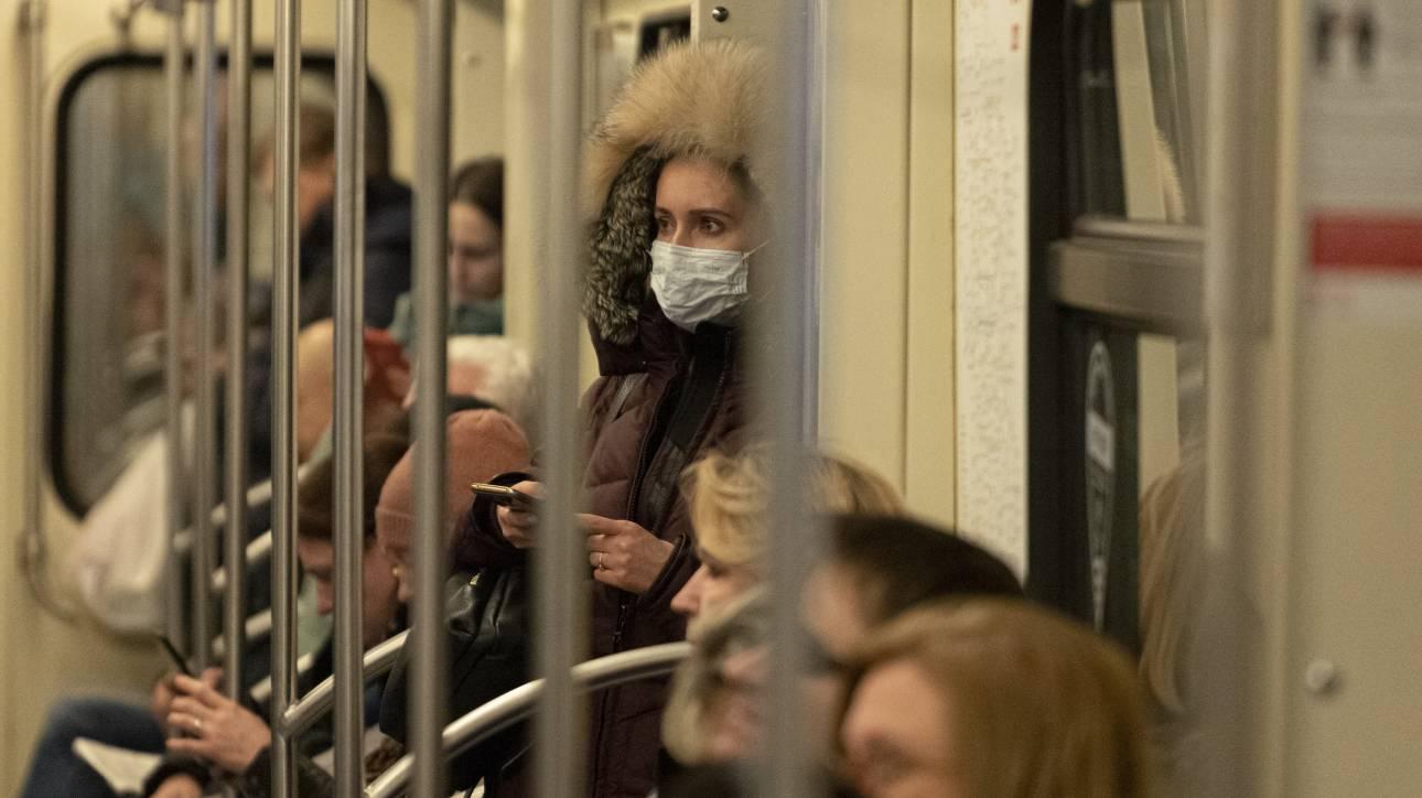 Κορωνοϊός - Ρωσία: Δωρεάν τα τεστ- Απαγόρευση εισόδου ξένων πολιτών