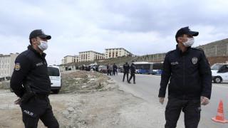 Κορωνοϊός: Συλλήψεις στην Τουρκία για «προκλητικές αναρτήσεις» στα social media