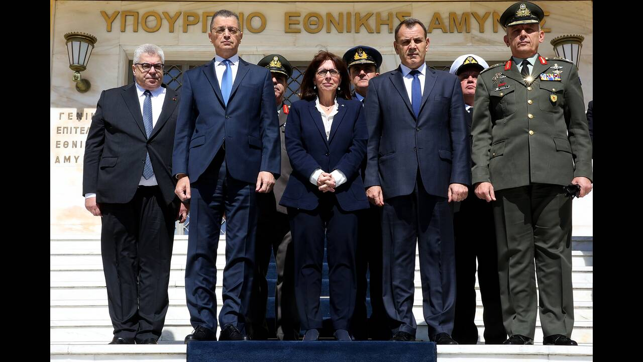 https://cdn.cnngreece.gr/media/news/2020/03/17/211574/photos/snapshot/sakelaropoulou-1.jpg