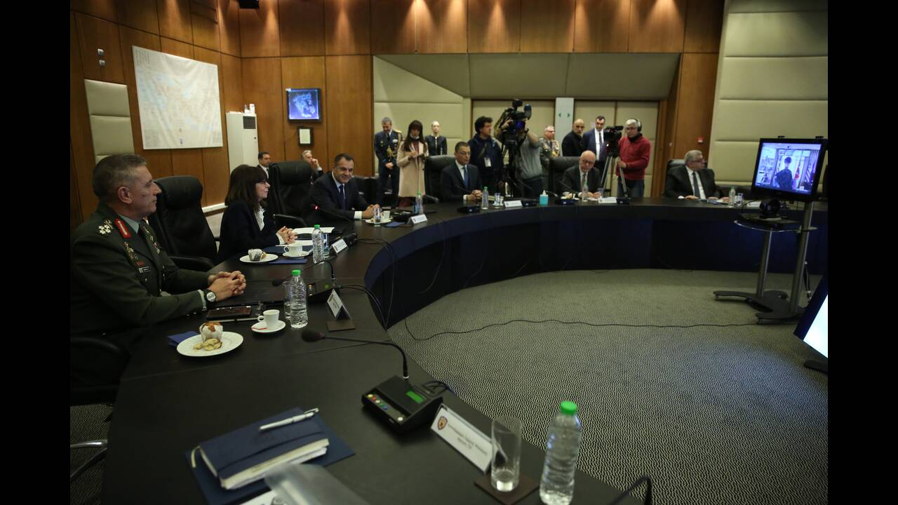 https://cdn.cnngreece.gr/media/news/2020/03/17/211574/photos/snapshot/sakelaropoulou-4.jpg