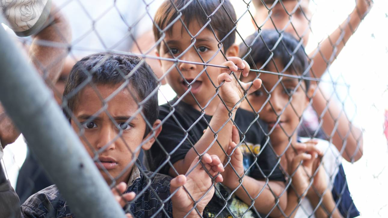 Κορωνοϊός: Σε κλειστά κέντρα μετατρέπονται τα κέντρα υποδοχής προσφύγων σε Λέρο και Κω