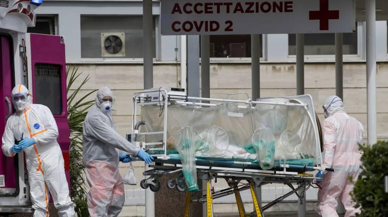 Κορωνοϊός: Ο μοναχικός θάνατος της επιδημίας