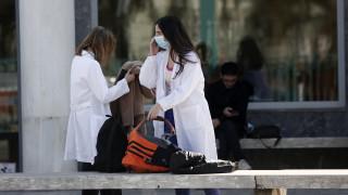 Κορωνοϊός - Πρόεδρος ΙΣΘ στο CNN Greece: Η κατάσταση στα νοσοκομεία είναι ένα βήμα πριν τον πόλεμο