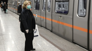 Κορωνοϊός - ΜΜΜ: Τέλος στα μεταμεσονύκτια δρομολόγια μετρό και τραμ