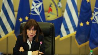 Σακελλαροπούλου σε Ματαρέλα: Η Ελλάδα στο πλευρό του δοκιμαζόμενου ιταλικού λαού
