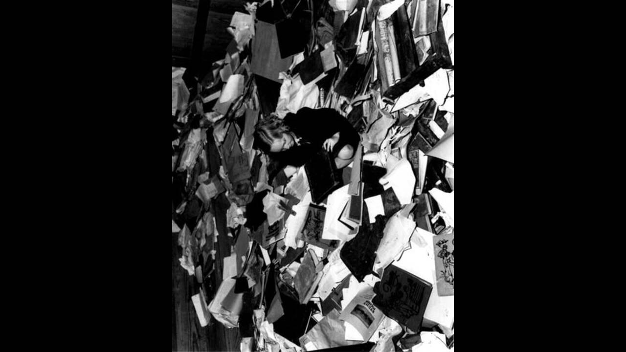 1937, Λόντον Τέξας. Έκρηξη υγραερίου τινάζει στον αέρα σχολείο στο Τέξας, με συνέπεια να χάσουν τη ζωή τους εκατοντάδες μαθητές.