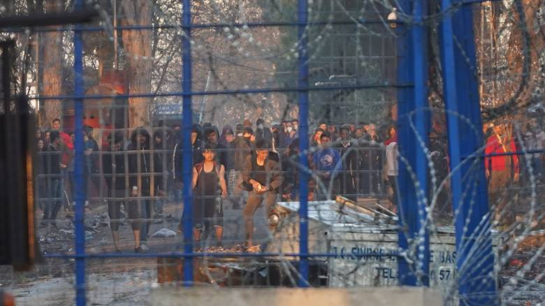 Τουρκική ΜΚΟ: Επιστρέφουν στην Κωνσταντινούπολη πρόσφυγες από τα ελληνοτουρκικά σύνορα