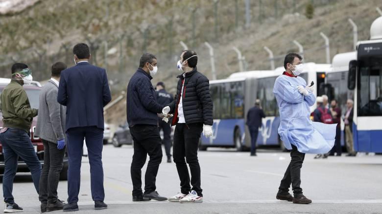 Κορωνοϊός: Στους εννέα οι νεκροί στην Τουρκία - 670 τα κρούσματα
