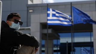 Κορωνοϊός: Η εικόνα της πανδημίας στην Ελλάδα - Η πρώτη επιδημιολογική έκθεση του ΕΟΔΥ