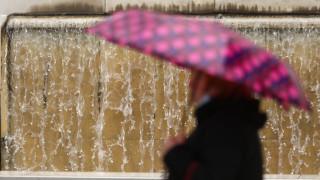 Χαλάει ο καιρός: Βροχές και πτώση της θερμοκρασίας από την Κυριακή