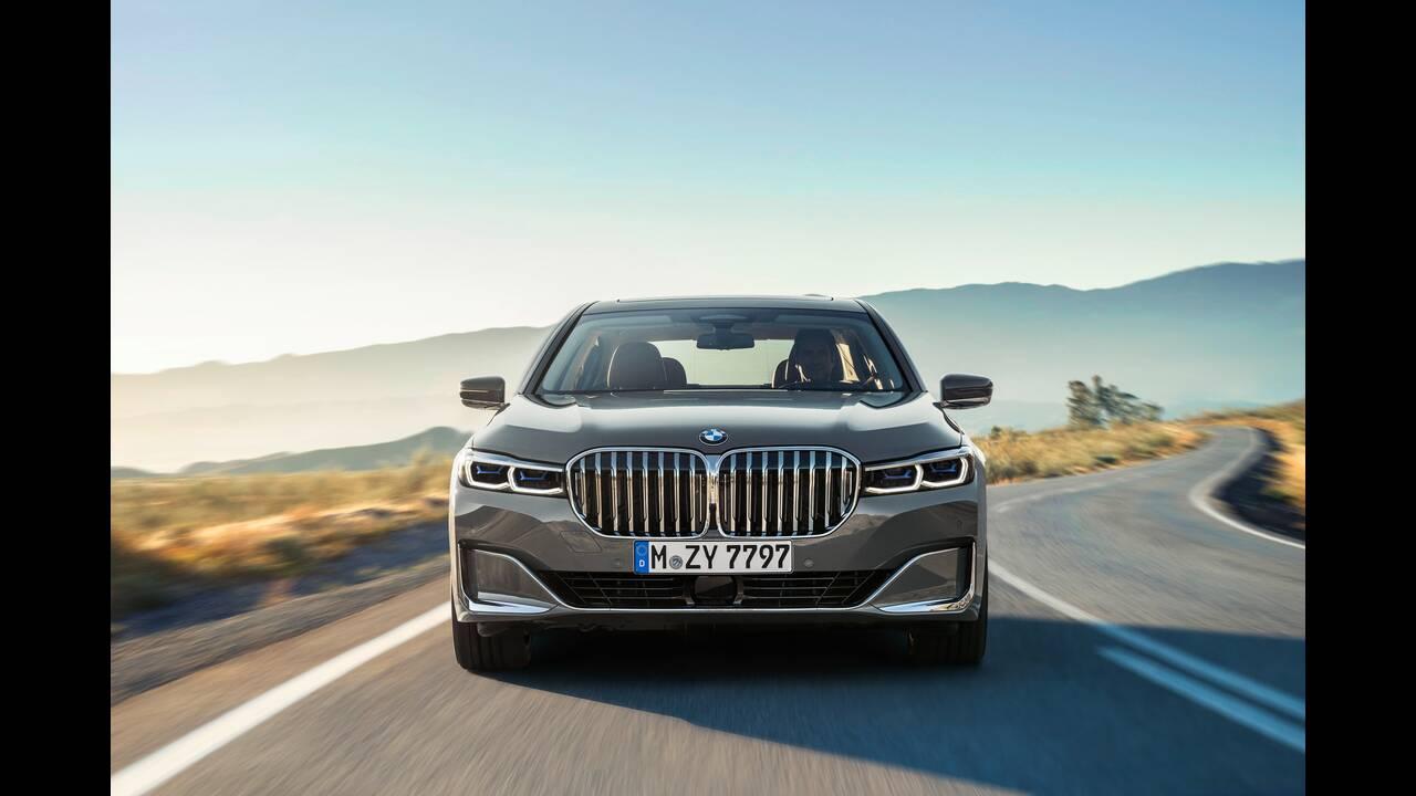 https://cdn.cnngreece.gr/media/news/2020/03/22/212265/photos/snapshot/BMW-7-SERIES-11.jpg
