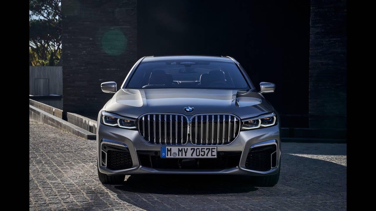 https://cdn.cnngreece.gr/media/news/2020/03/22/212265/photos/snapshot/BMW-7-SERIES-5.jpg