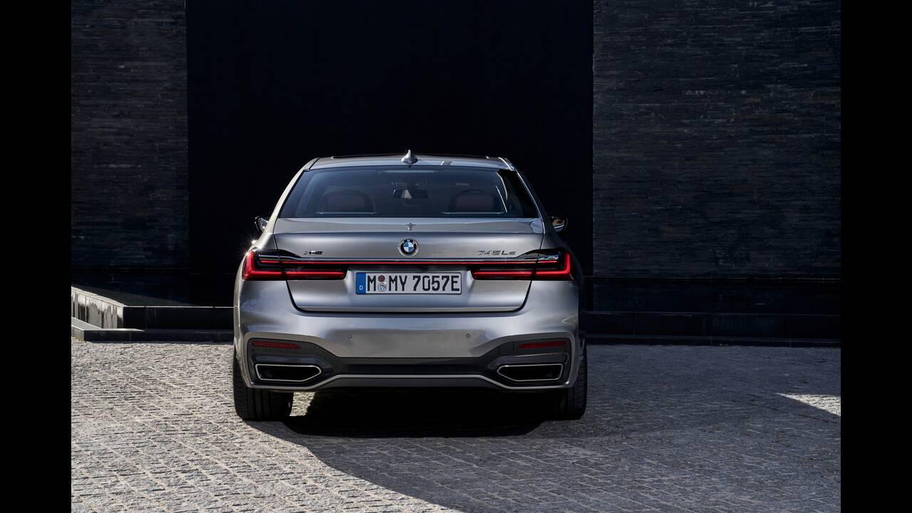 https://cdn.cnngreece.gr/media/news/2020/03/22/212265/photos/snapshot/BMW-7-SERIES-6.jpg