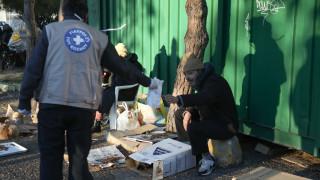 Μέτρα για τοξικομανείς και αστέγους παίρνει ο δήμος Αθηναίων - Πώς θα μοιράζονται τα συσσίτια