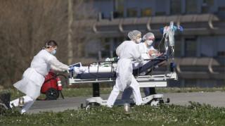 Κορωνοϊός: Παγοδρόμιο στη Μαδρίτη μετατρέπεται σε νεκροτομείο για τα θύματα