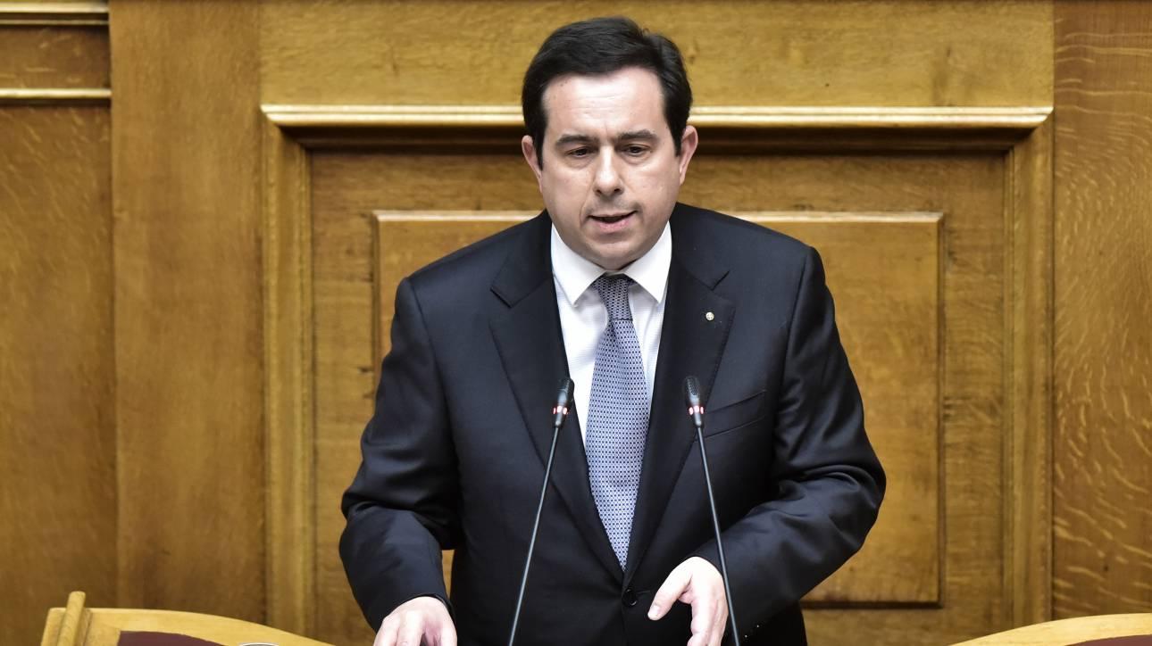 Κορωνοϊός - Προσφυγικό: Νομοσχέδιο επιτάχυνσης του ασύλου προανήγγειλε ο Μηταράκης