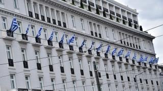 25η Μαρτίου: Κατάθεση στεφάνου και σημαίες σε μπαλκόνια - Η επέτειος σήμερα γιορτάζεται διαφορετικά