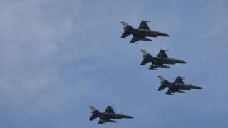 Πτήσεις τουρκικών F-16 πάνω από τη Ρω