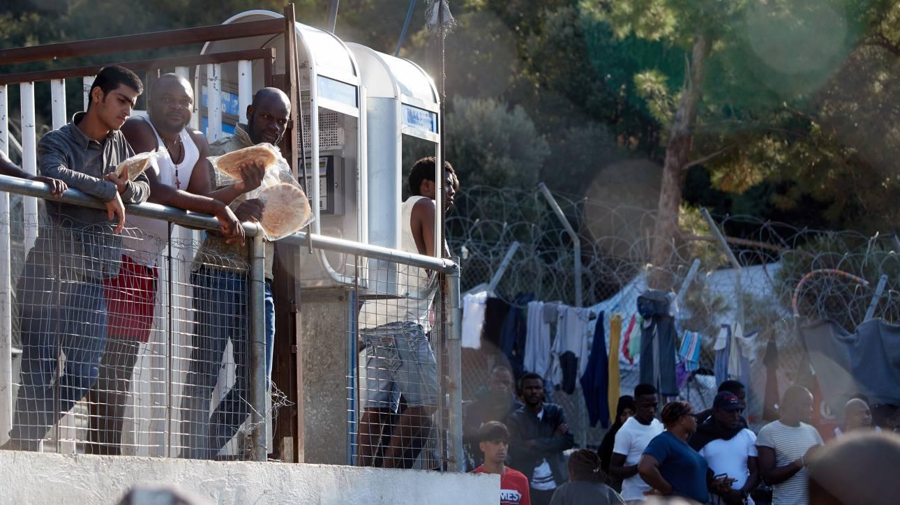 Κορωνοϊός - Γιόχανσον: Η Αθήνα αντιτάχθηκε στη μεταφορά μεταναστών στην ενδοχώρα