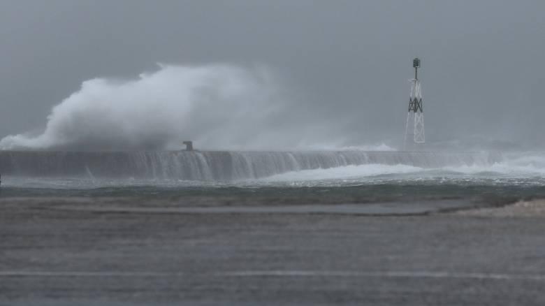 Καιρός: Άστατος σε όλη τη χώρα - Πού θα «χτυπήσουν» ισχυρές βροχές