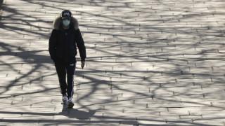 Κορωνοϊός - Βρετανία: Στους 465 οι νεκροί από την πανδημία - Έρχεται το κατ' οίκον τεστ