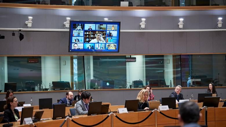 Κορωνοϊός: Στο τραπέζι των Ευρωπαίων ηγετών ESM και κορωνο-ομόλογο