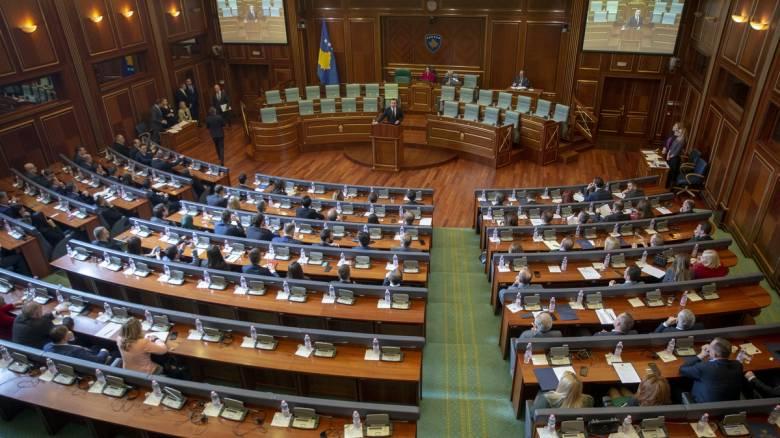 Στο Κόσοβο η πρώτη κυβέρνηση που «πέφτει» λόγω κορωνοϊού