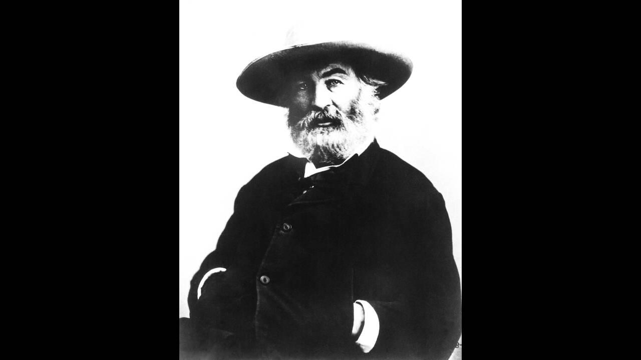 1892 Πεθαίνει ο Αμερικανός ποιητής Ουόλτ Ουίτμαν.