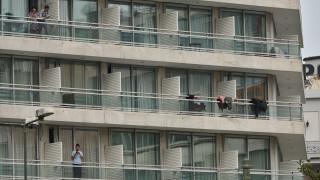 Κορωνοϊός: Παραμένουν σε καραντίνα στο Μεταξουργείο οι Έλληνες φοιτητές - 21 βρέθηκαν θετικοί