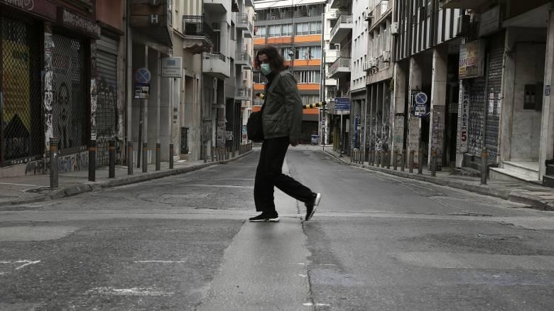 Κορωνοϊός - Daily Telegraph: Παράδειγμα προς μίμηση οι Έλληνες - Δίνουν μαθήματα φιλότιμου